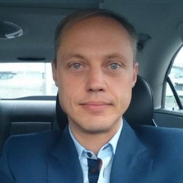 Fredrik L. Bennerhag
